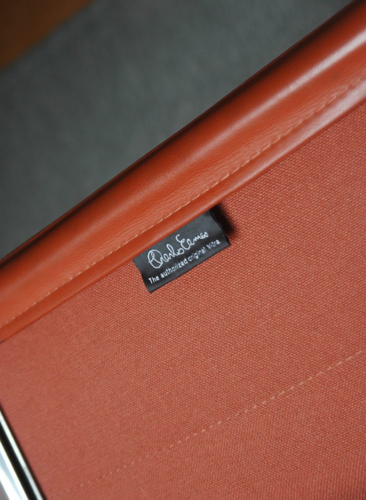 vitra eames soft pad chair