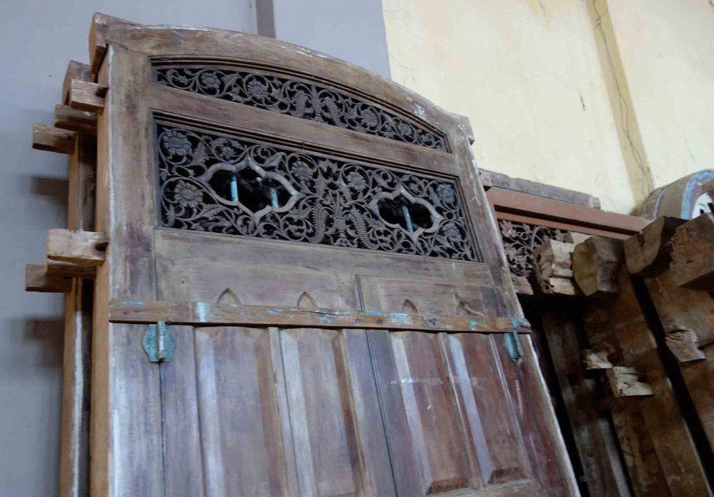 sri lanka antique furniture