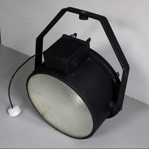 Cast iron ceiling spot light