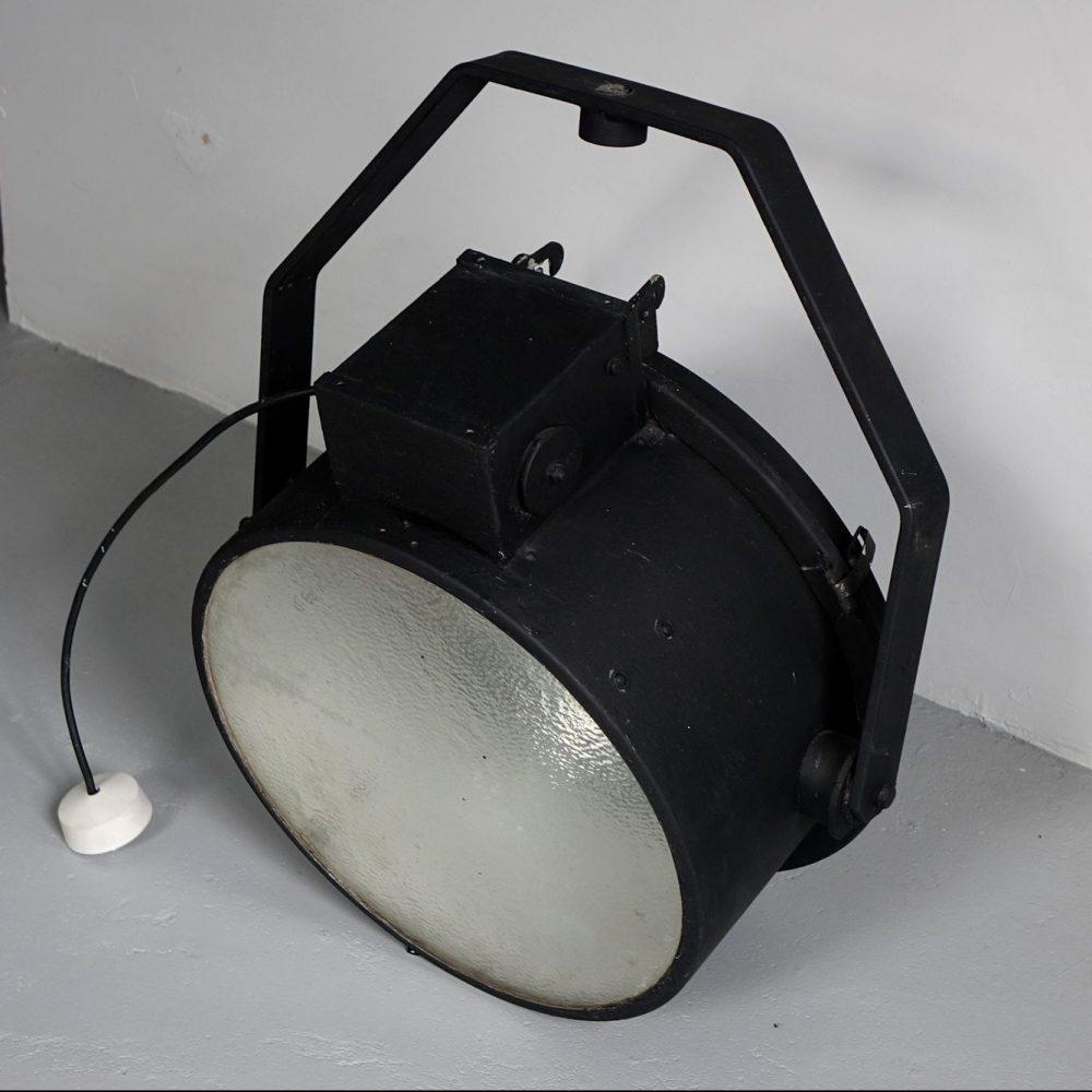 Cast iron ceiling spot light