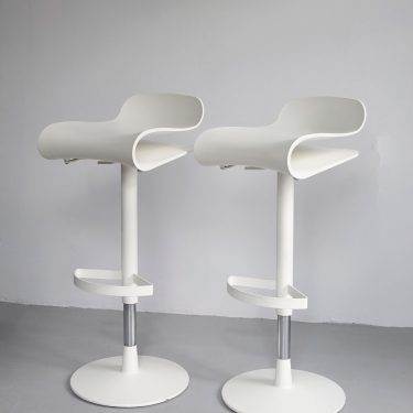 Kristalia BCN stool