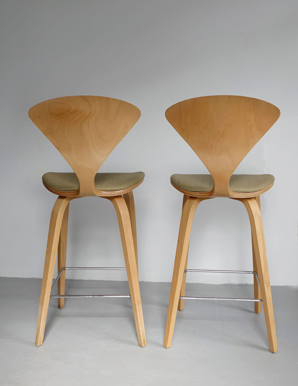Cherner stools